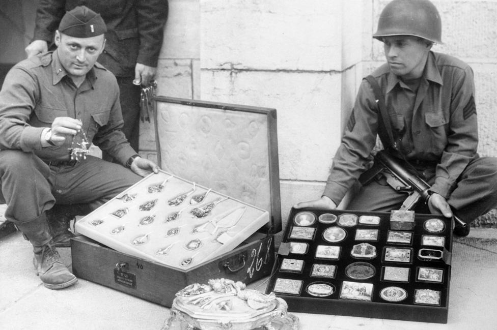 Američki vojnici sa nacističkim blagom