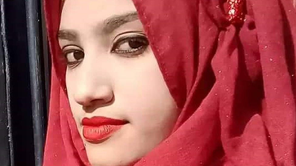 Nusrat Jahan Rafi: la joven a la que quemaron viva por denunciar acoso sexual