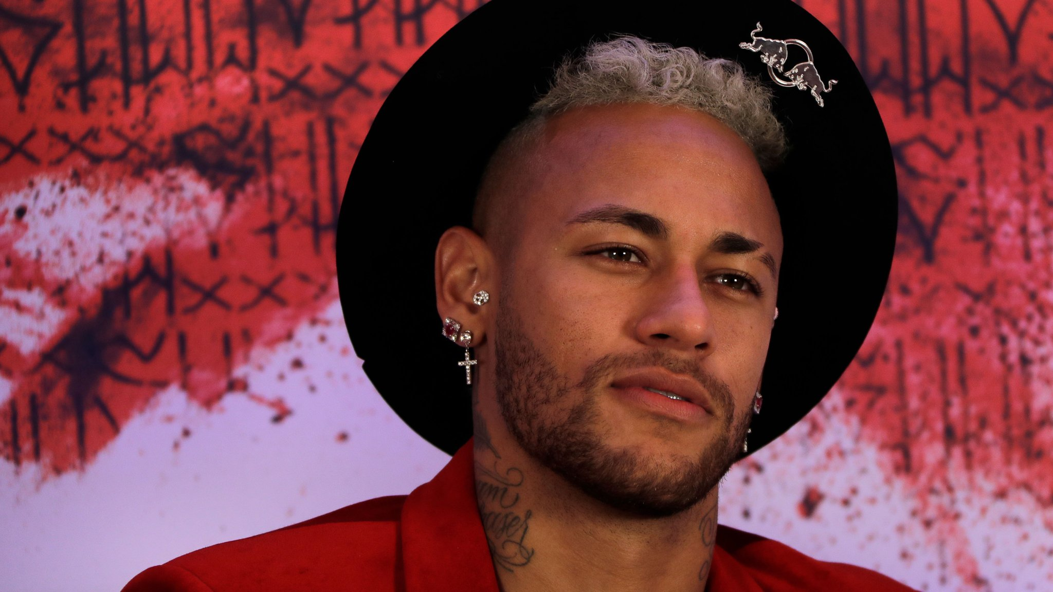 Neymar: PSG striker 'cried for two days' after breaking a metatarsal in January
