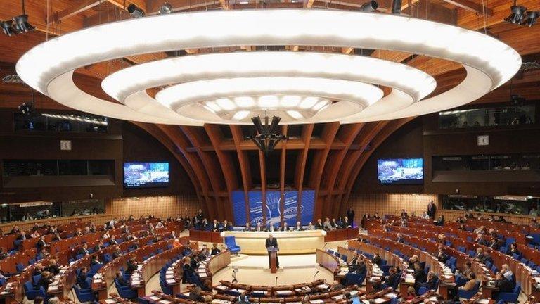 В ПАСЕ оспорили полномочия делегации России. По этому вопросу Россия голосовать не сможет