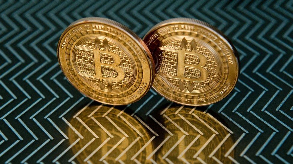 bitcoin xt ár