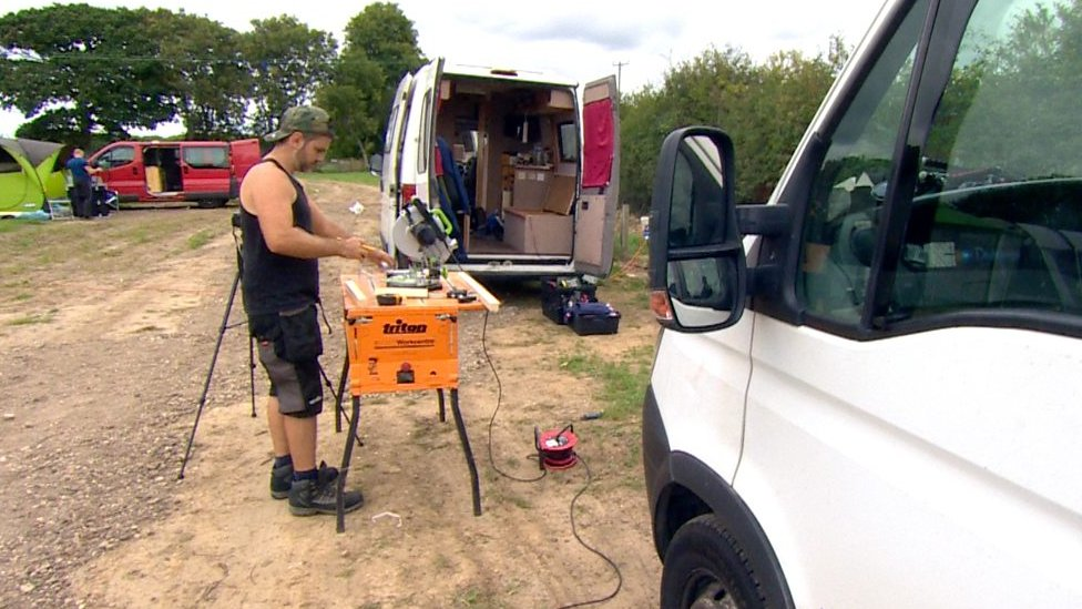 Pimp my white van: Man starts self-build camper-van group