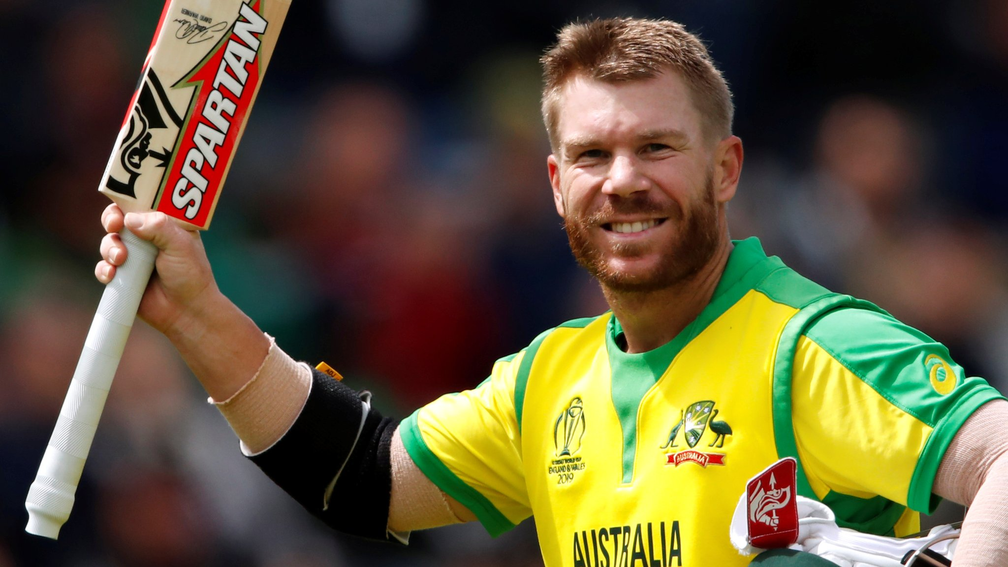 Warner's 166 guides Australia to win over Bangladesh