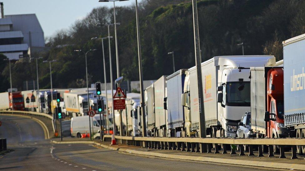 Lorries in Dover 24/12/20