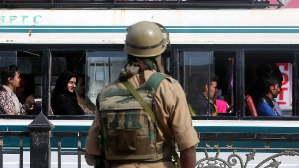 An Indian paramilitary soldier stands guard at the City Center, Lal Chowk, in Srinagar, the summer capital of Indian Kashmir, 02 June 2015