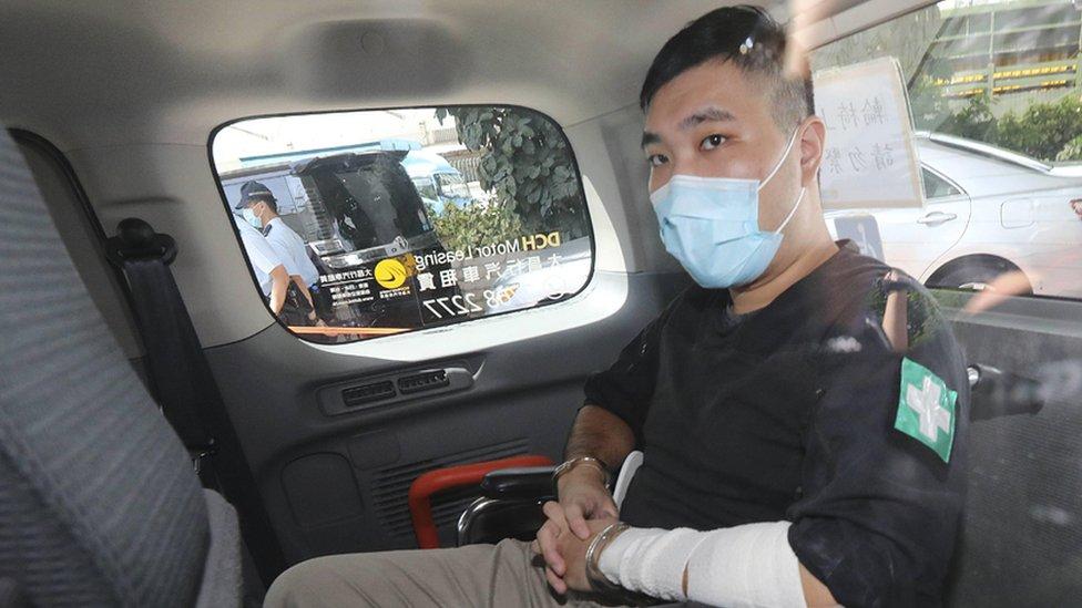 Первый приговор по китайскому закону в Гонконге. Активисту дали девять лет