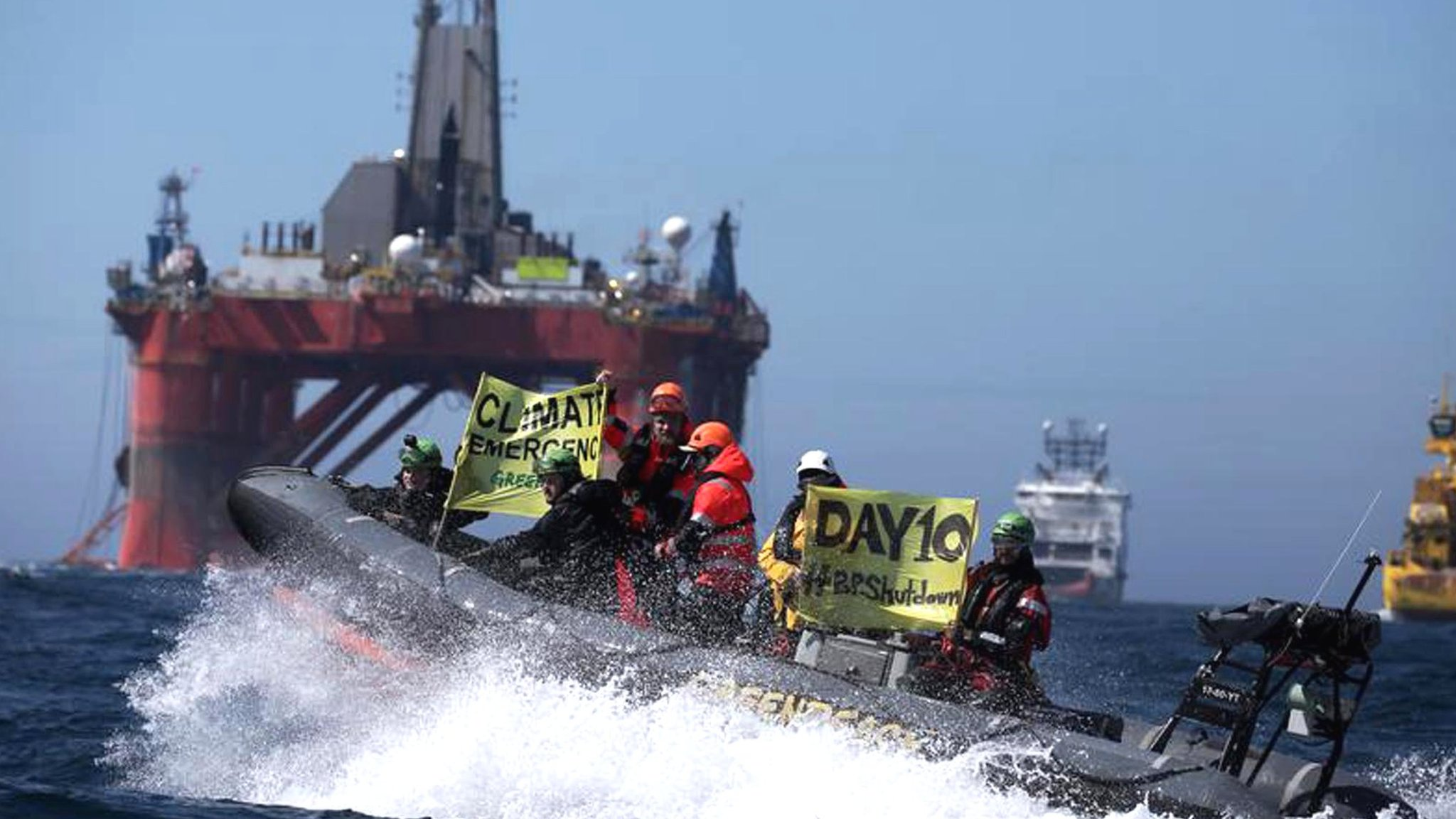 Greenpeace ends North Sea rig protest after 12 days