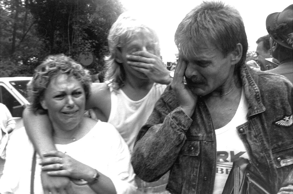 East Germans arriving in Austria, Aug 1989