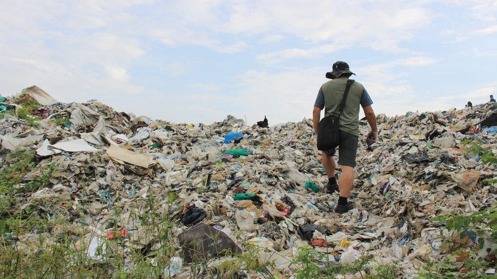 Jenjarom's 4000 metric tonnes of waste