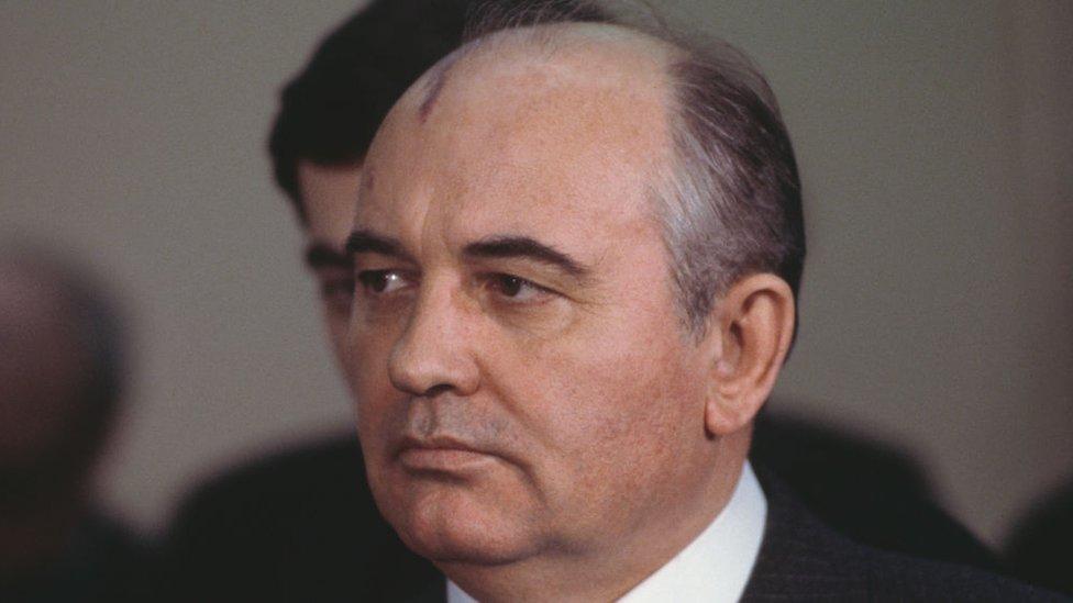 Gorbachov en 1984.