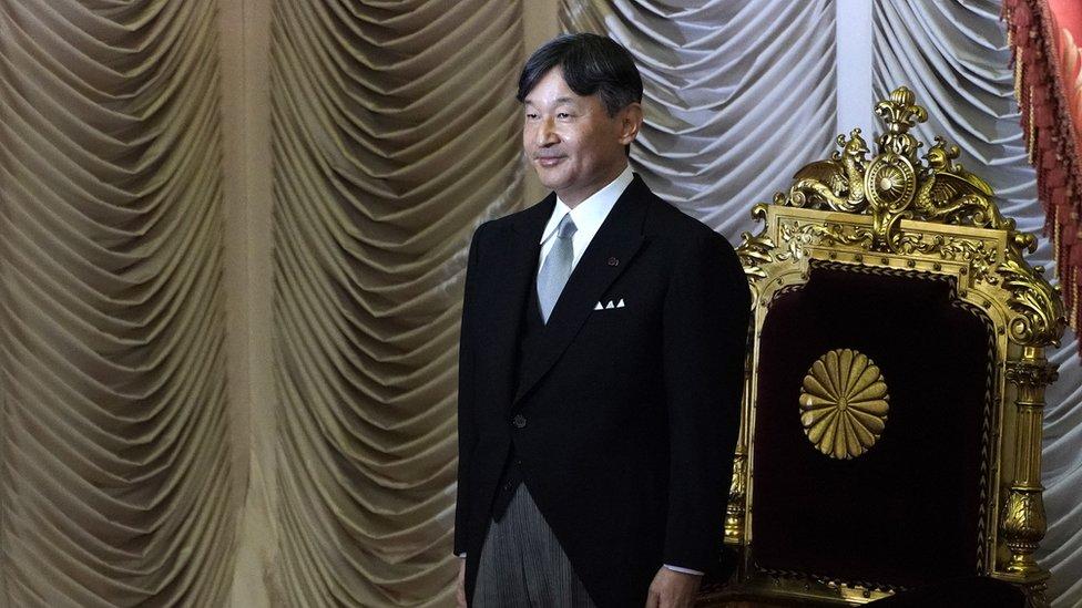 日皇按照過去的慣例,以日本國家元首的身份宣佈奧運會開幕。