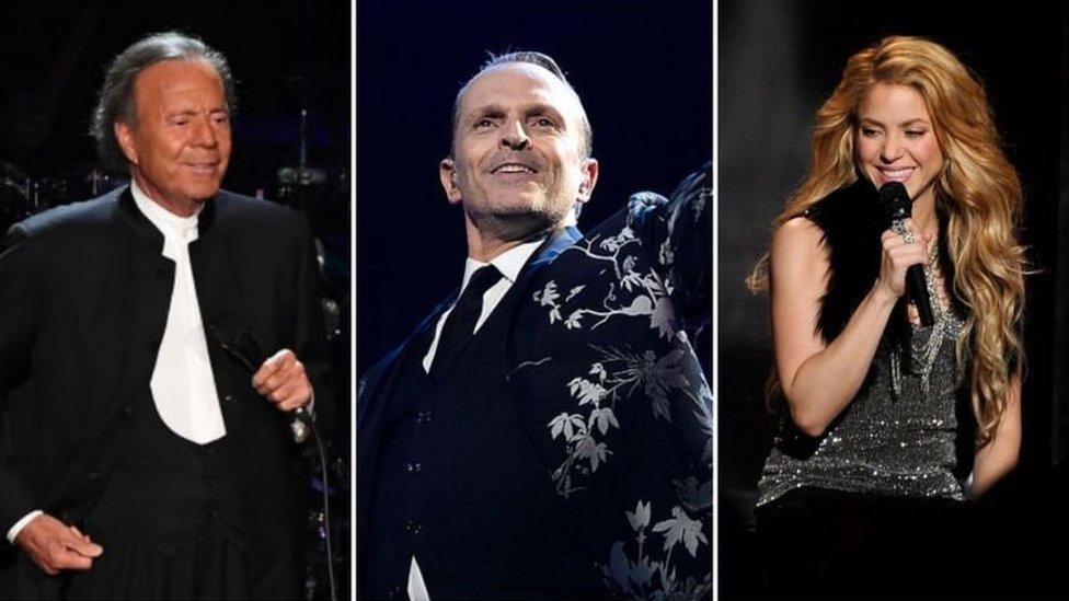 Julio Iglesias, Miguel Bose y Shakira son algunas de las celebridades salpicadas por los Pandora Papers.