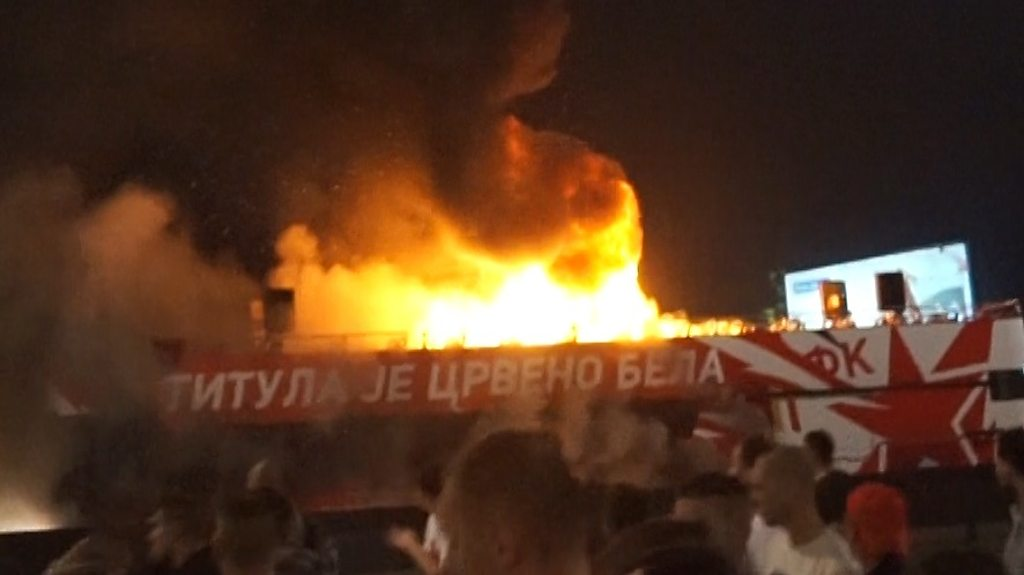 Red Star Belgrade bus catches fire during title parade