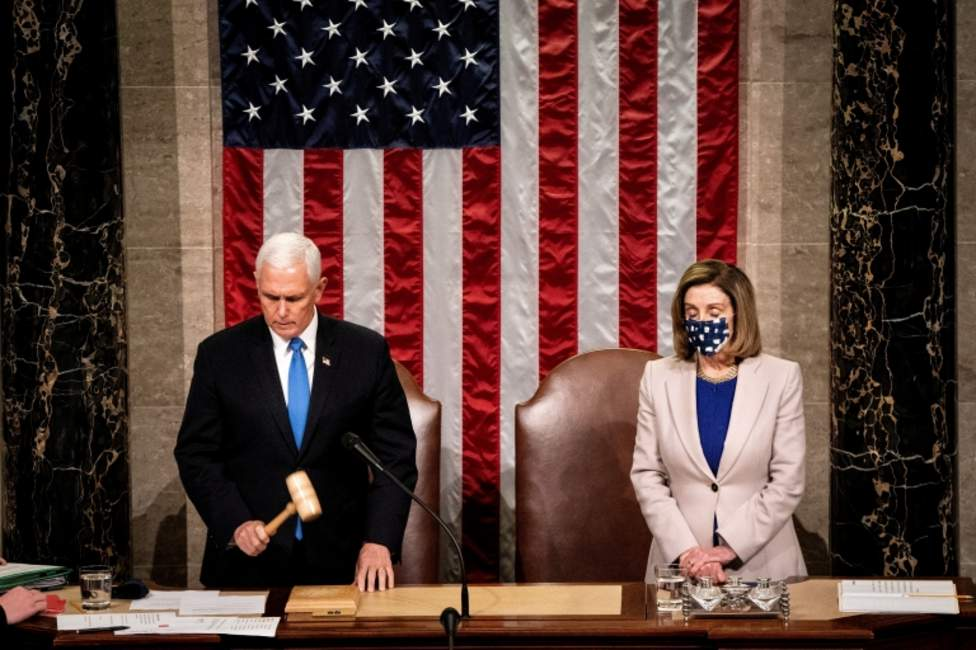 Mike Pence y Nancy Pelosi.