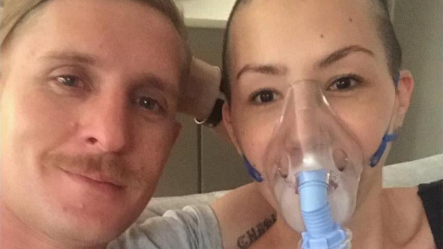 """В Австралії затримали жінку, що """"прикидалася хворою на рак і заробила $40 тисяч"""""""