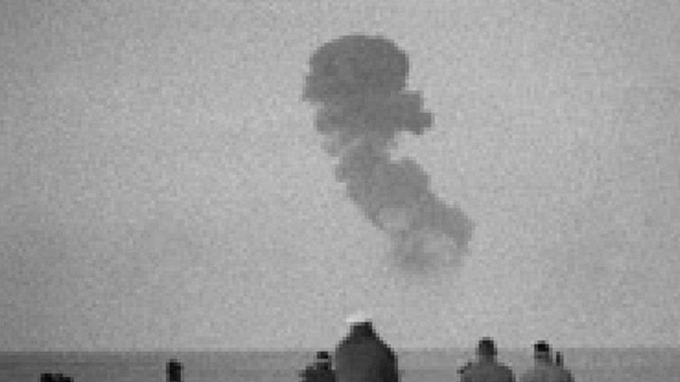 فرنسا أجرت 17 تجربة نووية في الجزائر