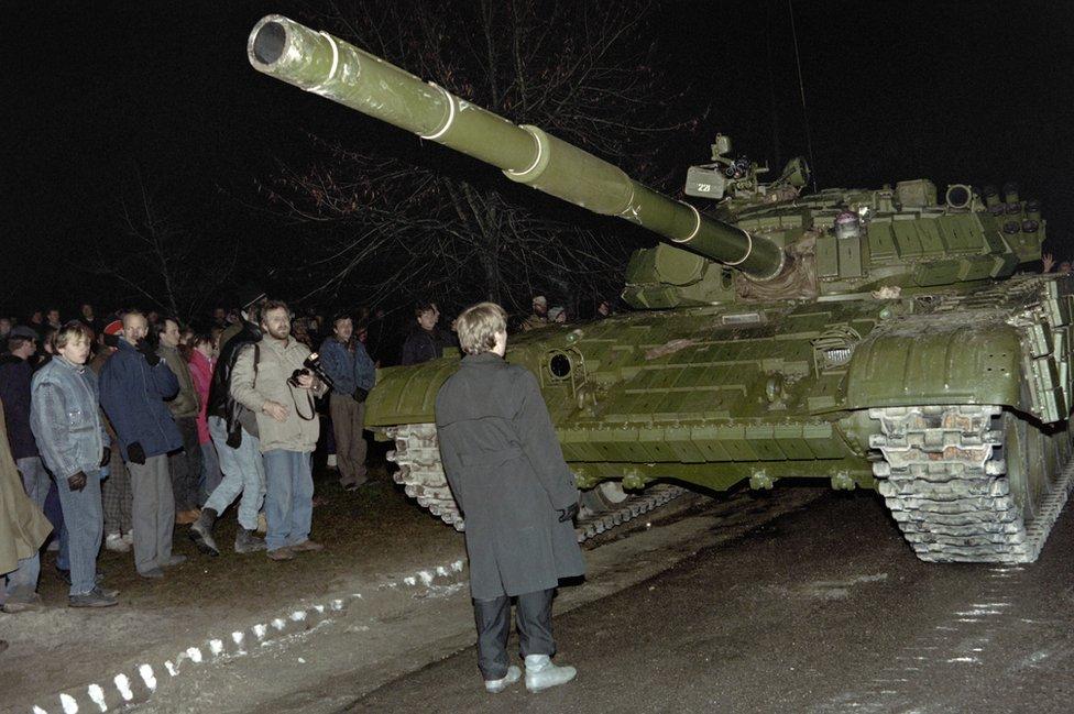 Soviet assault on Vilnius radio and TV centre, January 1991