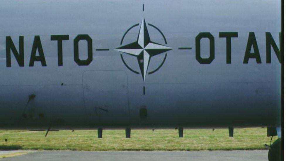 Avion NATO alijanse