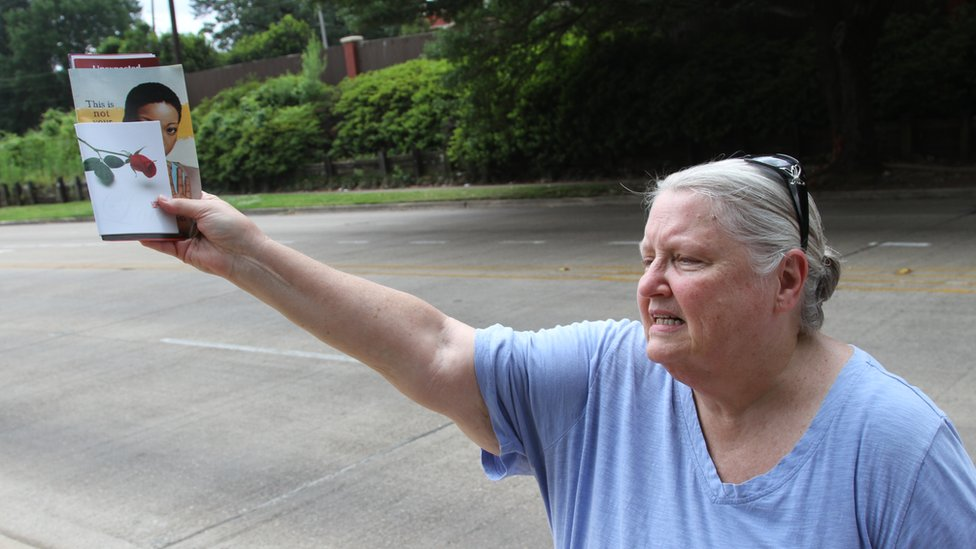 Carol Harris, activista provida