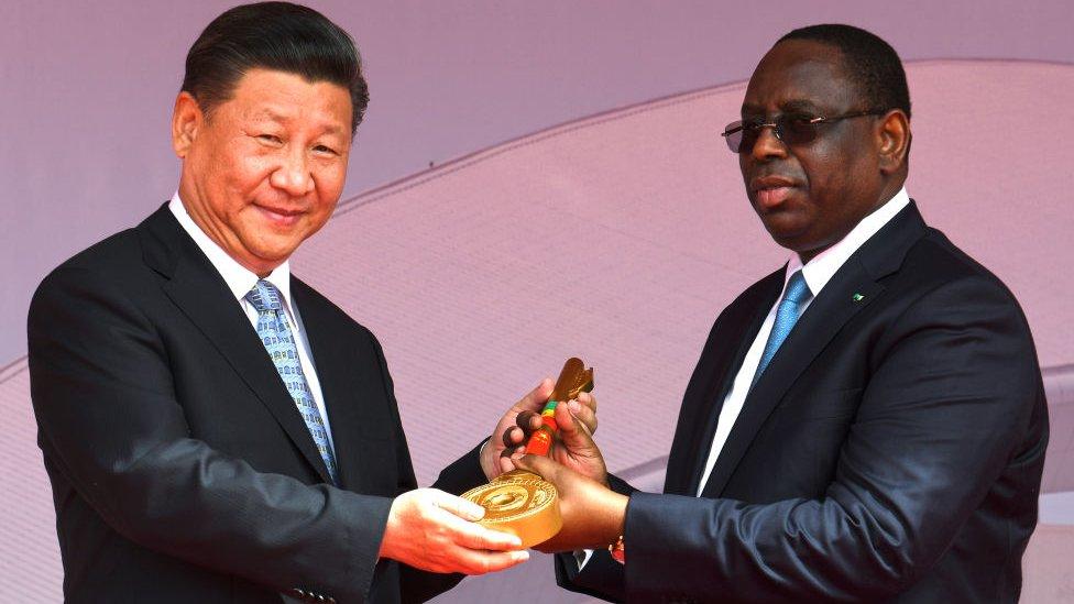 Las iniciativas privadas de China en África cuentan con el respaldo del gobierno en Pekín.