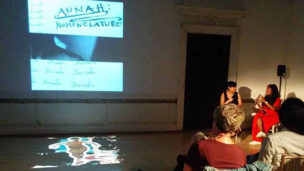 Karya seni yang baik harus memicu pembicaraan, perbincangan dan silang pendapat, kata Khairani (kiri).