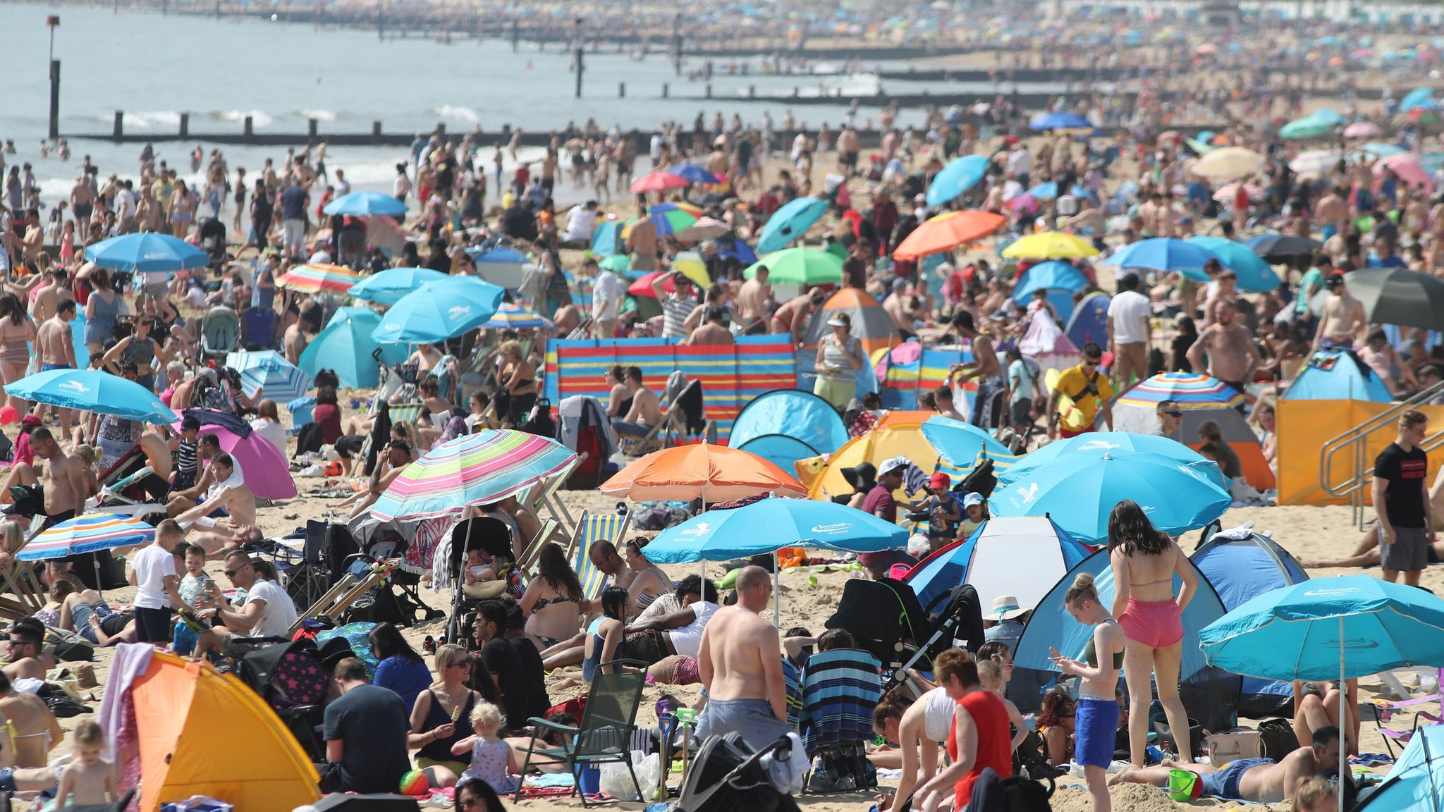 UK weather: Hottest day of the year, says Met Office