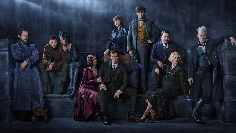 """Eddie Redmayne, una de las estrellas de las películas """"Fantastic Beasts"""", criticó los comentarios de Rowling."""