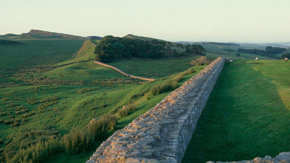 جدار هادريان