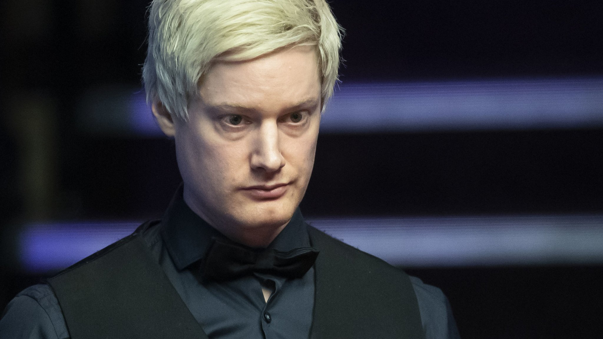 World Championship 2019: Neil Robertson takes two-frame lead over Shaun Murphy