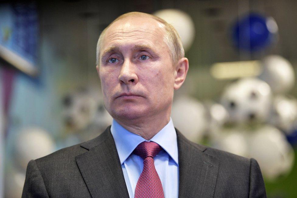 Los parlamentarios aseguran que los esfuerzos de Reino Unido para hacerle frente a las medidas ofensivas del presidente Putin están siendo menoscabadas.