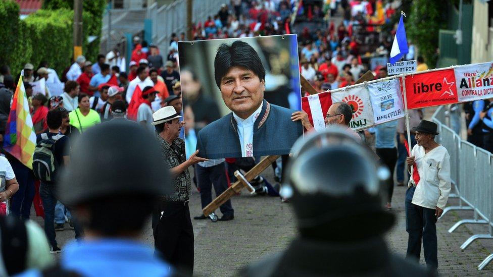 Marcha a favor de Evo Morales en Tegucigalpa, Honduras