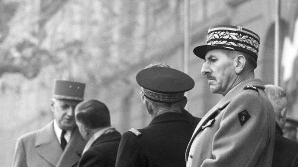 الجنرال جاك ماسو الذي قاد عملية قمع الثورة الجزائرية