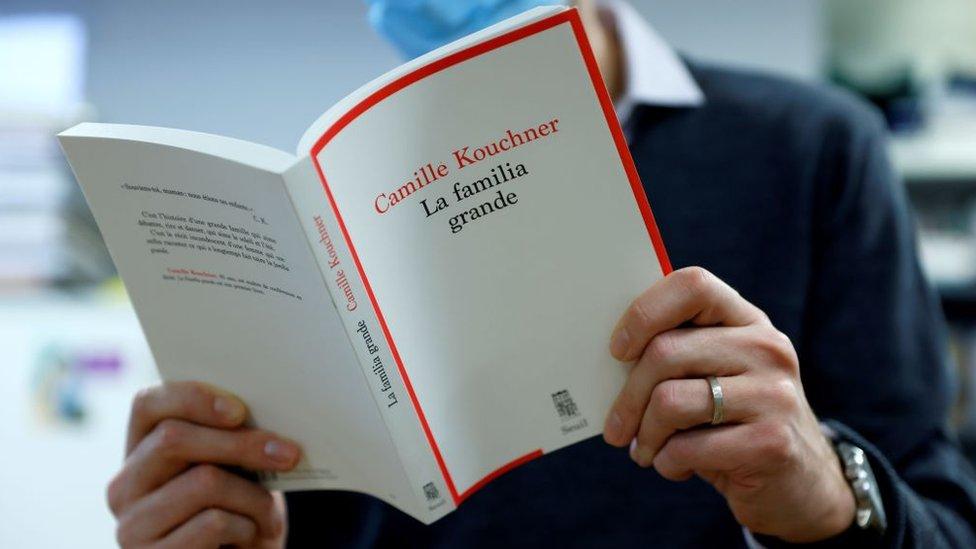 Buku Camille Kouchner, La Familia Grande di Paris pada 5 Januari 2021.