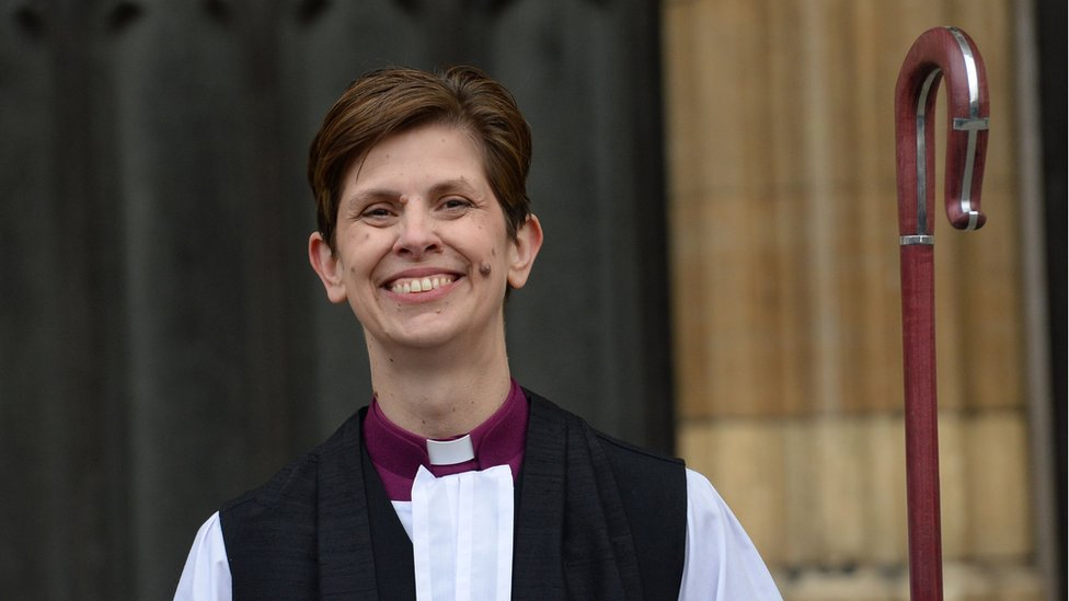 Libby Lane: First female Church of England bishop takes new role
