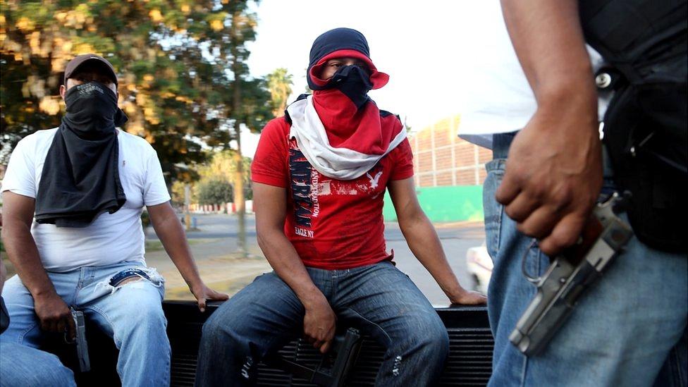 Grupos de autodefensa en Michoacán.