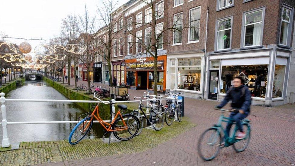 Delft street scene, 3 Jan 21