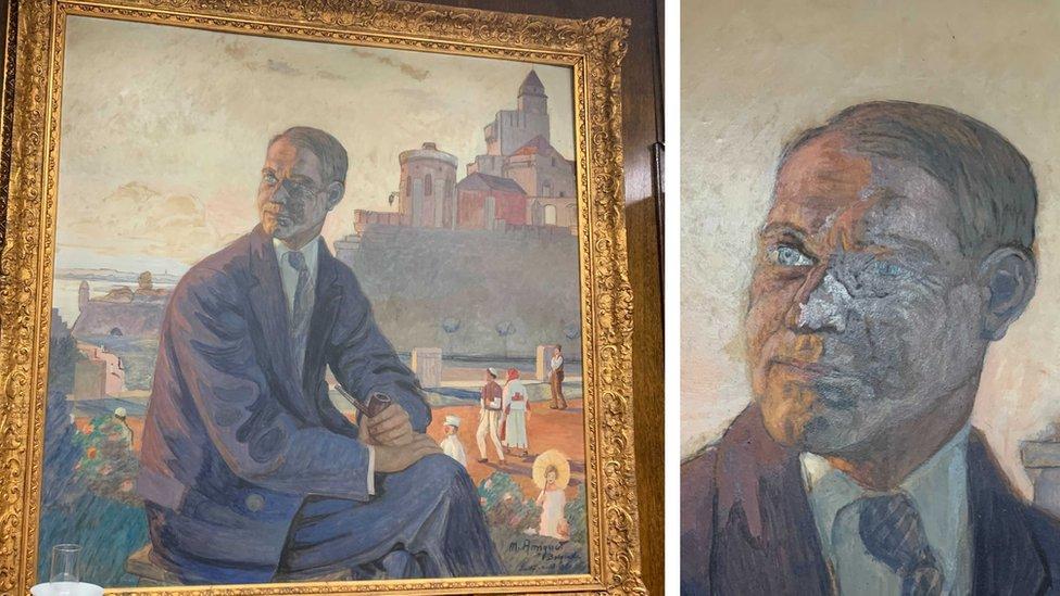 Slikar Marsel Amige uradio je ovaj portret Rajsa na Kalemegdanu 1929. Pošto ga je završio tek posle Rajsove sahrane na licu mu je dodao senku smrti