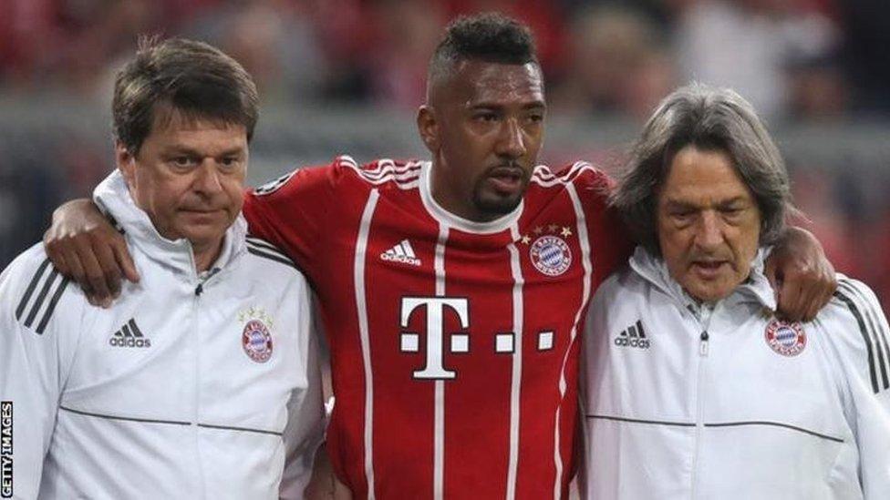 Bayern Munich imethibitisha kuwa mlinzi wa Kijerumani Jerome Boateng, 32, ataondoka klabu hiyo