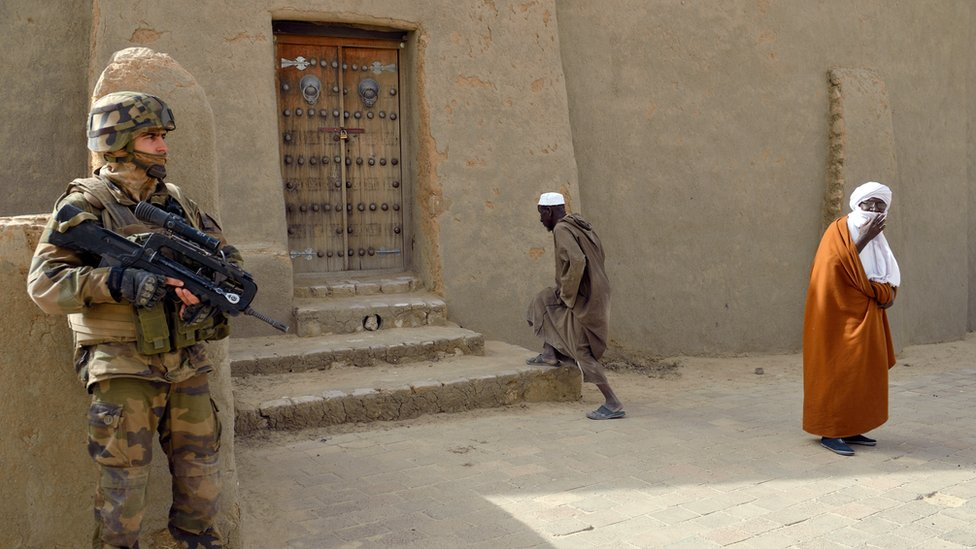 French soldier on patrol in Timbuktu