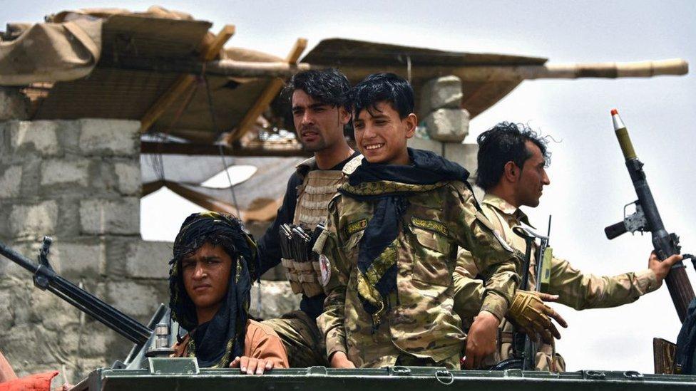 Policías afganos en el distrito de Panjwai, en la provincia de Kandahar, 4 de julio de 2021