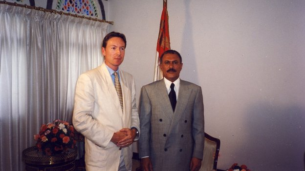 Frank Gardner and Yemen's President Saleh in 2000