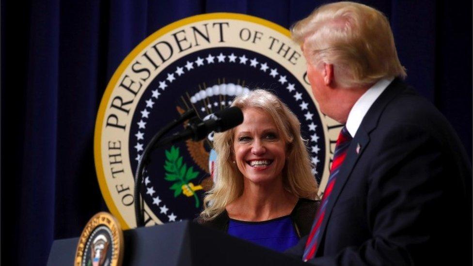 Trump y Conway en la Casa Blanca