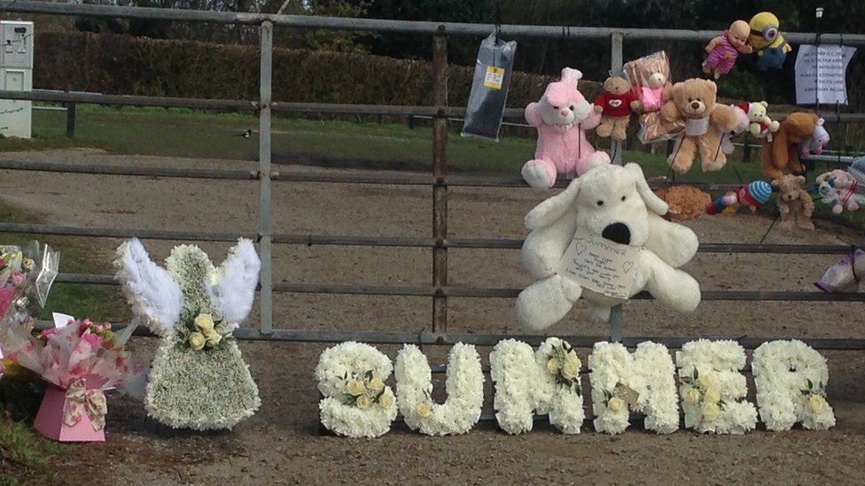 Tributes left to Summer Grant
