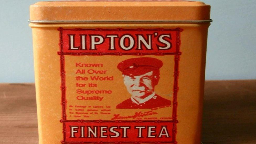 Caja de té de Lipton.