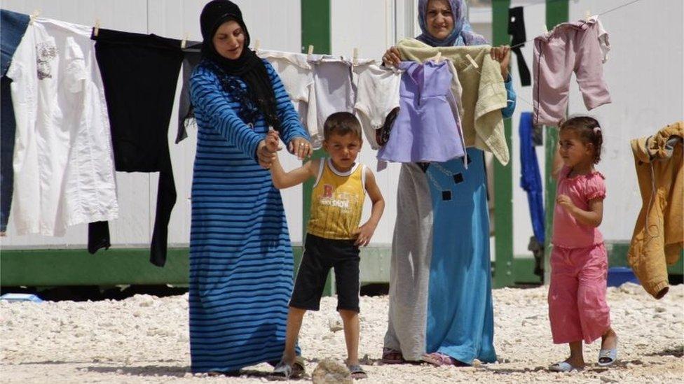 تخوف من تطرف أطفال مقاتلي تنظيم الدولة افسلامية في مخيمات اللاجئين في سوريا