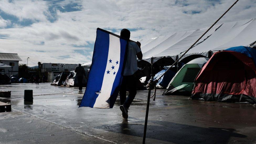 NO USAR, CONTENIDO BBC. Refugio para migrantes en Tijuana.