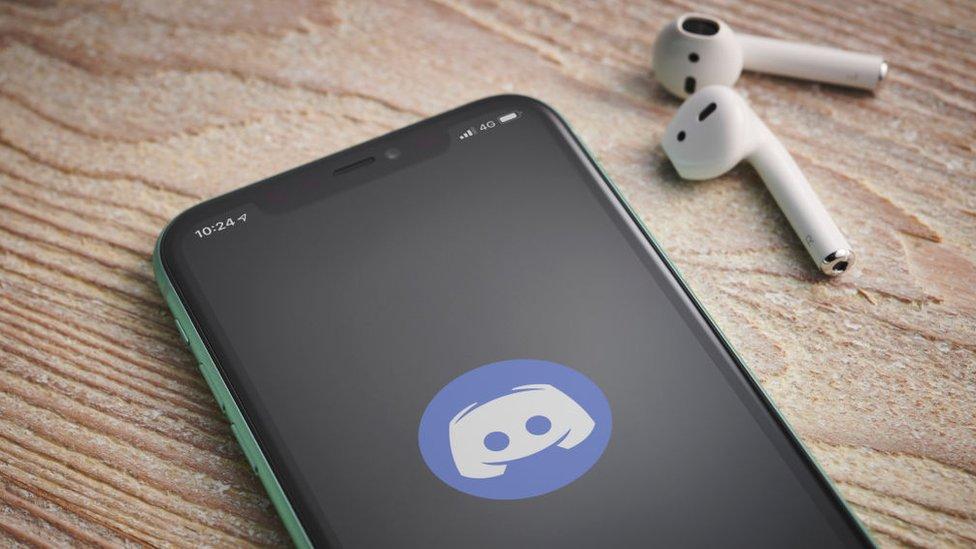 Logo de Discord en un iPhone