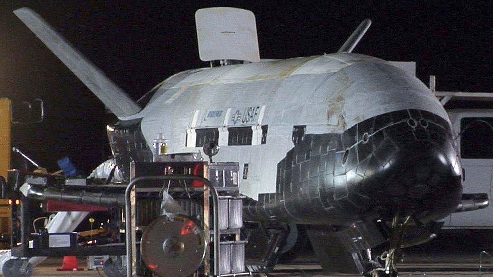 x-37b uzay uçağı