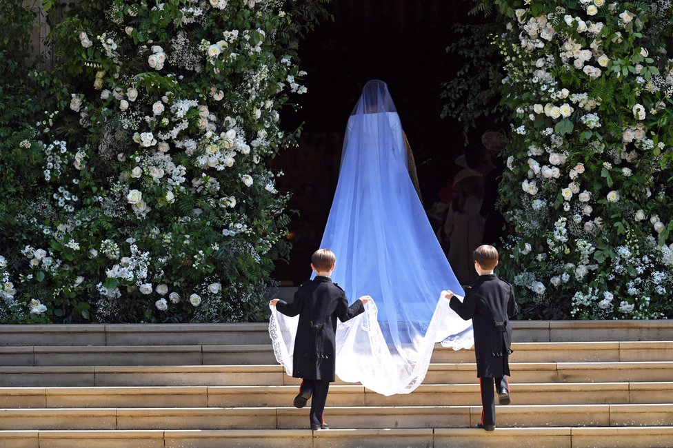 Meghan Markle arrives at St George's Chapel in Windsor Castle