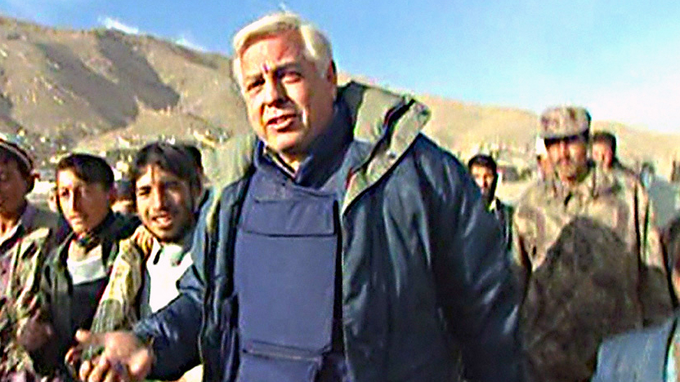 John Simpson 2001'de Afghanistan'da